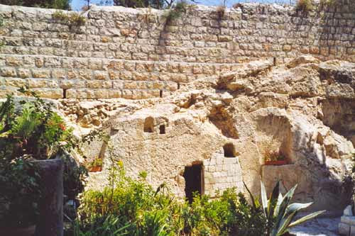 Read more about the article John 19:38-42 The burial of Yeshua fulfilled prophecy and inspired testimony
