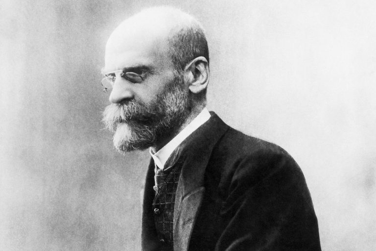 Read more about the article Great Jewish Thinkers-Durkheim 'Religion is the worship of society'